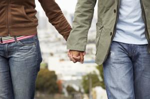 不妊体質の改善に取り組むカップル